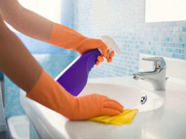 Mẹo vặt giúp bạn giữ nhà tắm sạch sẽ, thơm tho