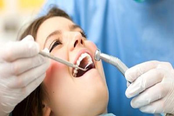 Cách làm giảm đau răng với nước oxy già
