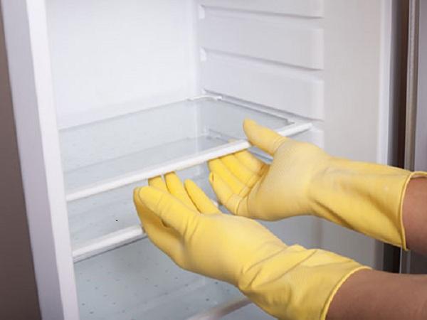 Khử mùi hôi cho tủ lạnh nhà bếp