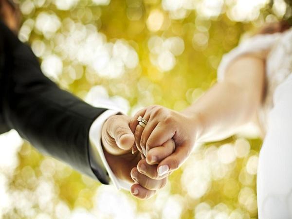Bước qua ngưỡng cửa hôn nhân bạn trở nên khủng hoảng