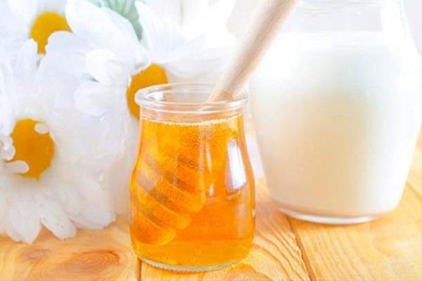 Tác dụng của mặt nạ sữa chua mật ong