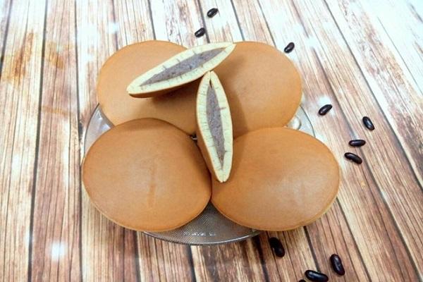 Cách làm bánh rán Doremon nhân đậu đỏ