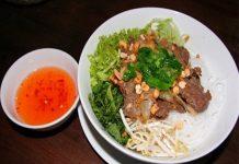 Cách làm nước chấm cho món bún bò Nam Bộ