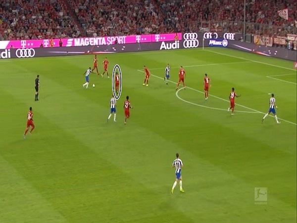 Bayern cần phá hủy lối chơi đường dài