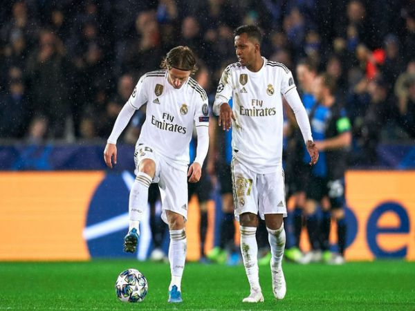 Modric bằng tuổi bố đồng đội tại Real Madrid