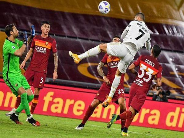 Tin bóng đá chiều 28/9: Ronaldo cán mốc ghi bàn không tưởng