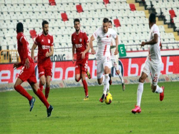 Soi kèo Sivasspor vs Antalyaspor, 23h00 ngày 14/12 - VĐQG Thổ Nhĩ Kỳ