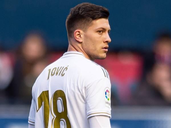Bóng đá quốc tế 9/3: Lộ lý do Jovic thi đấu tệ hại ở Real