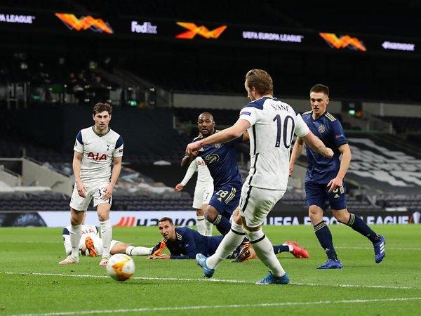 Bóng đá quốc tế tối 12/3: HLV Mourinho tiết lộ về chấn thương củaHarry Kane