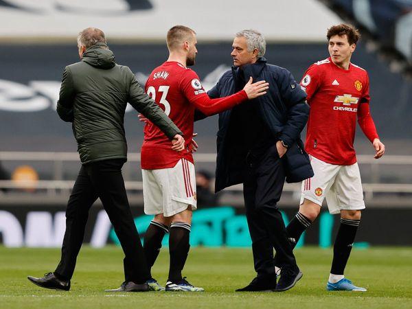 Bóng đá quốc tế tối 12/4: Mourinho đối mặt với nguy cơ bị sa thải