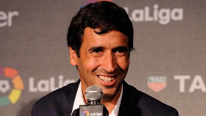 Raul muốn ở lại Real Madrid giữa cuộc nói chuyện kế vị Zidan