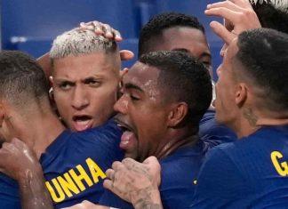 Richarlison lập cú đúp khi Brazil lọt vào tứ kết Thế vận hội